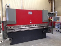 PRESS BRAKE CNC 2 AXES KORPLEG 70 T / 3000