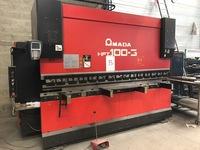 PRESSE BRAKE AMADA HFT 100 T / 3000
